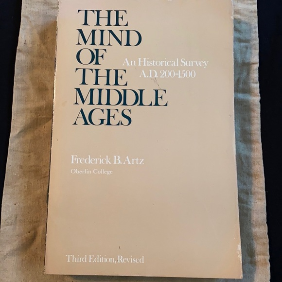 The mind of the middle ages book Frederick B. Artz